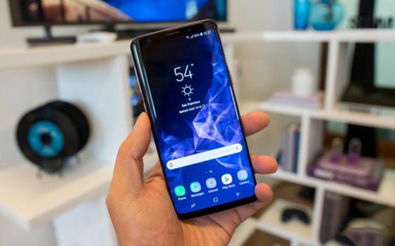 """5 smartphone 8 đến 15 triệu dành cho người không thích """"tai thỏ""""    ảnh 4"""