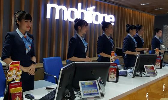 MobiFone vào top 1.000 doanh nghiệp nộp thuế cao nhất Việt Nam 2017 ảnh 1