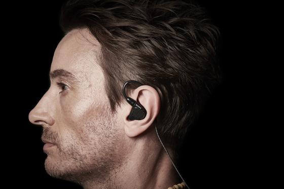 Sony giới thiệu dòng tai nghe chống ồn WH-1000XM3 ảnh 1