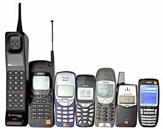 Nhìn lại quá trình phát triển của màn hình điện thoại thông minh ảnh 1