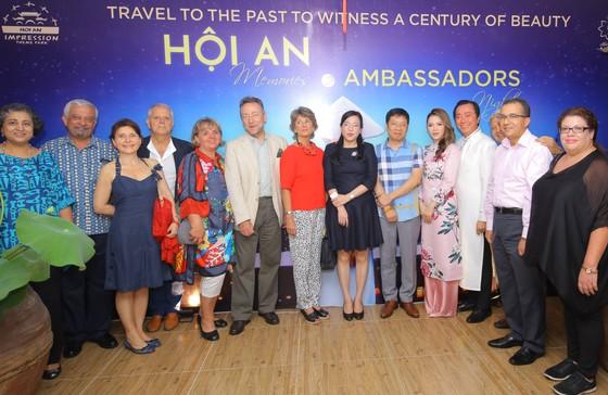 Các đại sứ quốc tế bị quyến rũ với vở diễn thực cảnh ở Hội An ảnh 2
