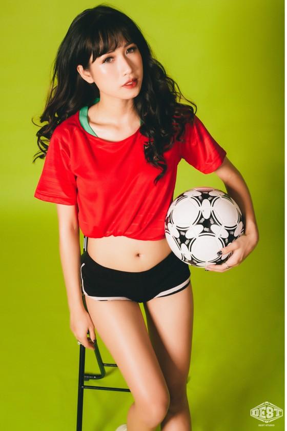 """Hot girl Nga Đoàn: """"Ronaldo tiếp tục siêu phàm, Iran sẽ gây sốc"""" ảnh 2"""