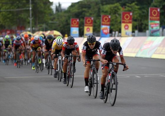 Tay đua Hàn Quốc chiến thắng trong sự tự tin ảnh 1