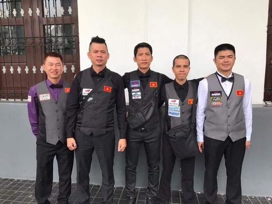 Năm cơ thủ đại diện Việt Nam dự giải vô địch thế giới.