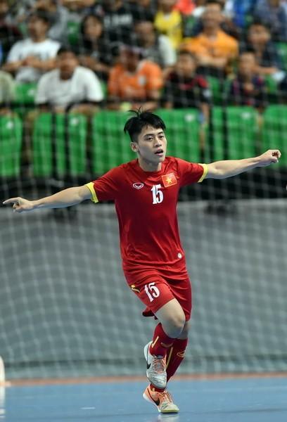 ĐT futsal Việt Nam thắng lớn trước Hồng Công (TQ)  ảnh 1