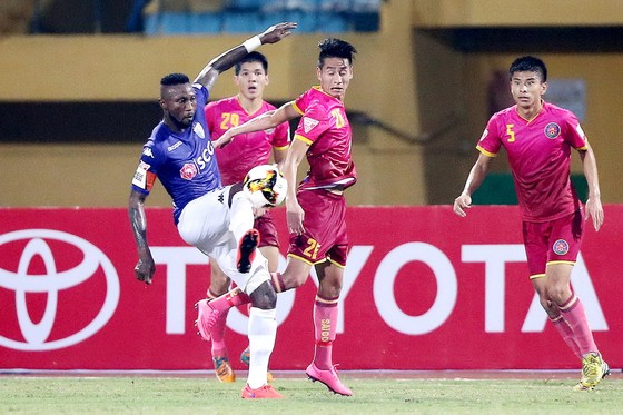 Trực tiếp vòng 19 Toyota V-League 2017: Thế trận cân bằng trên sân Cần Thơ ảnh 3