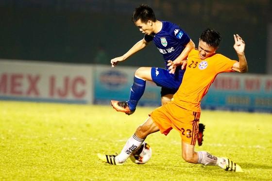 B.Bình Dương tiếp tục thăng hoa ở cả hai mặt trận V-League và Cúp Quốc gia. (Ảnh: HOÀNG HÙNG)