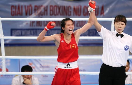 Niềm vui của Nguyễn Thị Tâm sau chiến thắng. Ảnh: CAO TƯỜNG