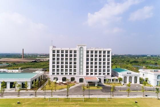 Vingroup khánh thành Trung tâm đào tạo bóng đá hàng đầu Đông Nam Á ảnh 1