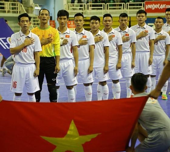Đội tuyển futsal Việt Nam (ảnh: BẠCH DƯƠNG)