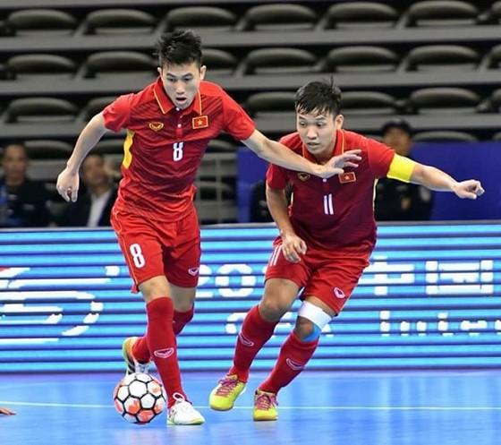 Giả bóng vàng futsal 2017: Lần đầu cho Đình Hùng, Trí Kiệt và Quốc Hưng ảnh 2