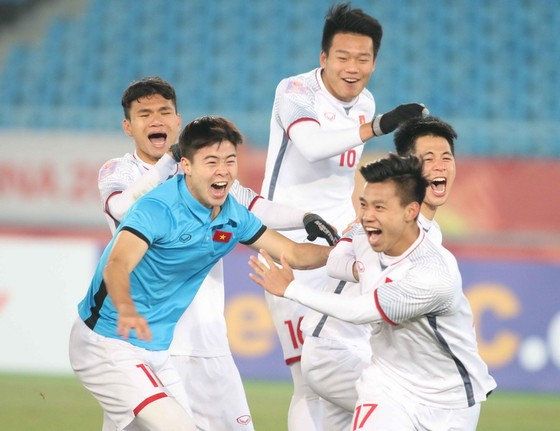 Hy vọng các tuyển thủ Việt Nam sẽ viết tiếp câu chuyện thần kỳ vào chiều 27-1. Ảnh: ANH KHIOA