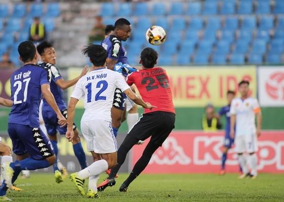 Vòng 7 Nuti Cafe V-League 2018: B.Bình Dương áp sát tốp 3 ảnh 1
