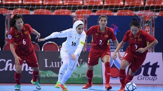 ĐKVĐ Iran buộc futsal nữ Việt Nam dừng bước trước ngưỡng cửa chung kết  ảnh 1