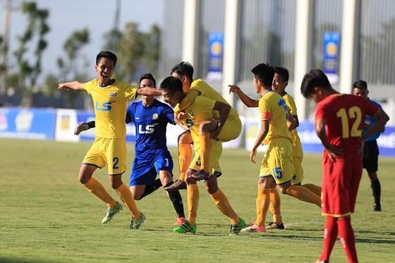 SLNA và Viettel  vào chung kết giải U17 quốc gia 2018 ảnh 1
