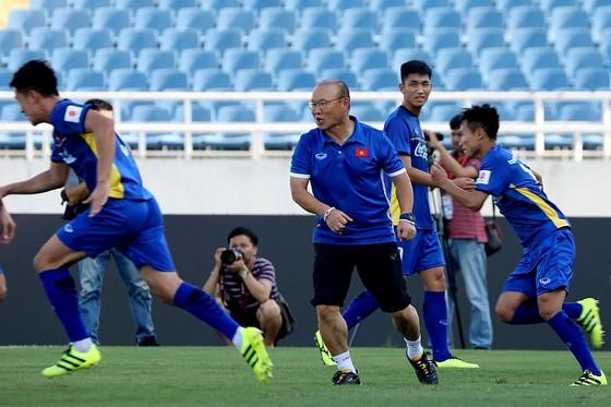 Thầy trò ông Park đã sẵn sàng cho giải U23 quốc tế. Ảnh: MINH HOÀNG