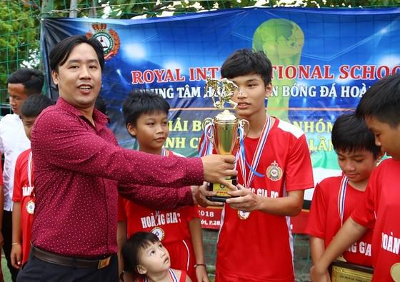 U10 Bình Thạnh, U13 Tân Phú vô địch giải bóng đá Hoàng Gia 2018 ảnh 1