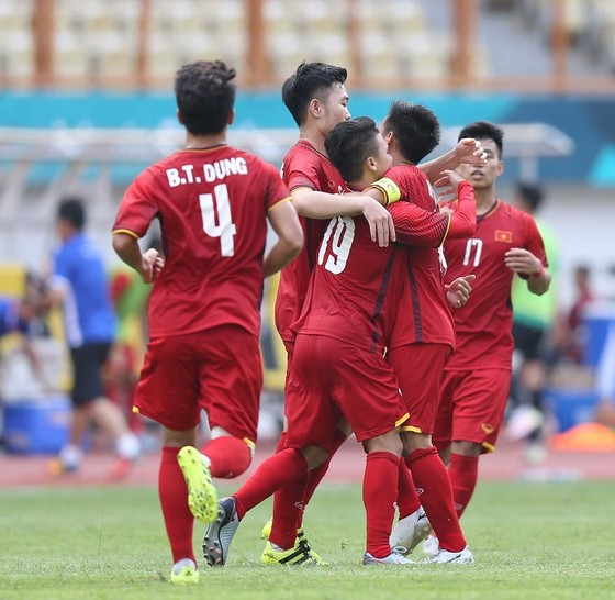 Olympic Việt Nam lần đầu vào tứ kết Asiad. Ảnh: DŨNG PHƯƠNG