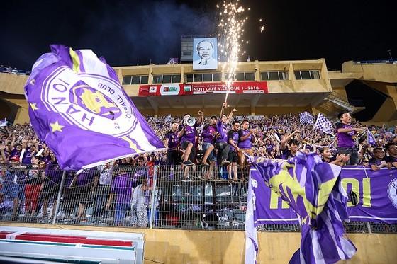 Nuti Cafe V-League 2018: Chào đón tân vương ảnh 4