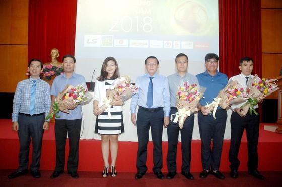 Họp báo công bố Giải thưởng Quả bóng Vàng Việt Nam 2018 ảnh 2