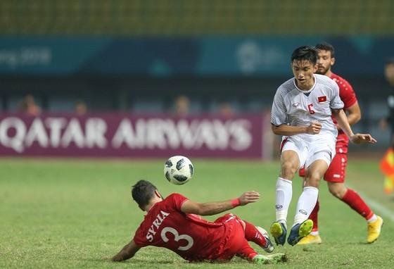 Báo Nhật đánh giá cao 3 tài năng trẻ của bóng đá Việt Nam ảnh 1