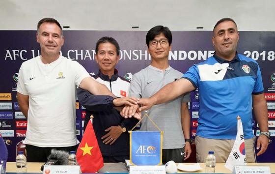 HLV Hoàng Anh Tuấn tiết lộ nguyên nhân khiến U19 Việt Nam sớm bị loại ảnh 1