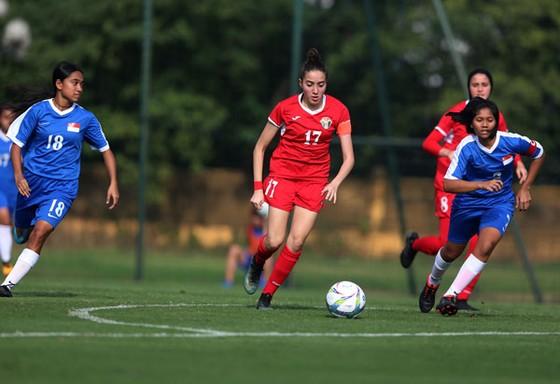 Đội U19 nữ Việt Nam chật vật vượt qua Malaysia ảnh 2