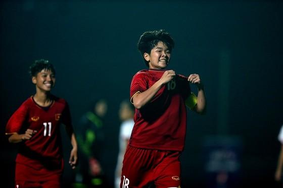 Tuyết Ngân tỏa sáng cùng đội U19 nữ Việt Nam ở vòng loại. Ảnh: MINH HOÀNG
