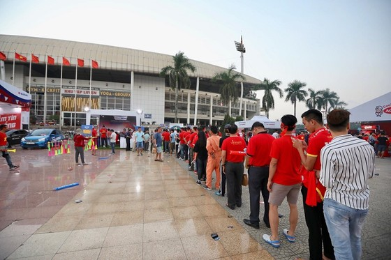 (Trực tiếp): Việt Nam - Philippines 1-0: Quang Hải 'bắn hạ' khung thành Philippines ảnh 2