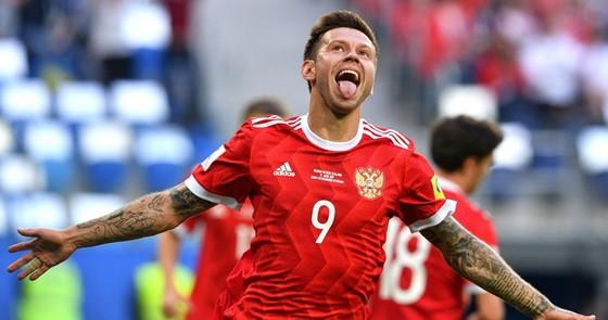 Tiền vệ Fedor Smolov vui mừng sau khi ghi bàn vào lưới New Zealand. Ảnh: FIFA