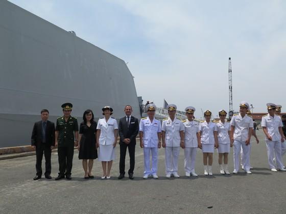 Tàu Hải quân Pháp Surcouf thăm TPHCM ảnh 2