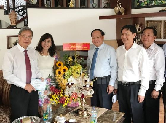 Lãnh đạo TPHCM thăm, chúc mừng Ngày Thầy thuốc Việt Nam 27-2 ảnh 4