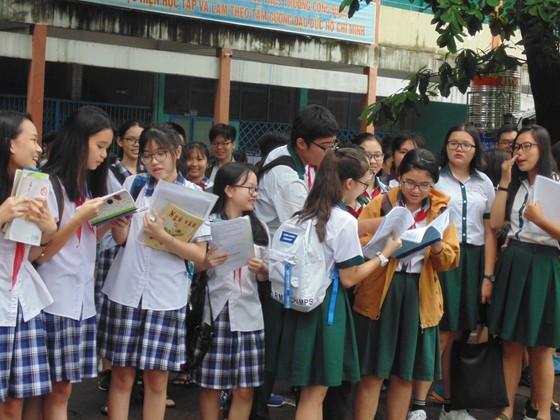 Sáng 2-6, hơn 87.000 thí sinh bước vào kỳ thi tuyển sinh lớp 10 công lập ảnh 5