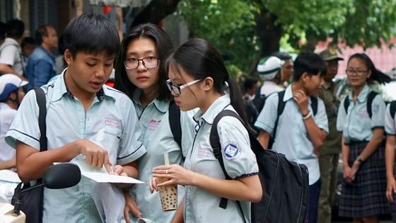 Kết thúc ngày thi đầu tiên tuyển sinh lớp 10: 543 thí sinh bỏ thi không lý do ảnh 2