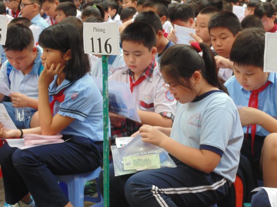 Hơn 4.000 thí sinh căng thẳng tranh suất vào lớp 6 Trường THPT chuyên Trần Đại Nghĩa ảnh 2
