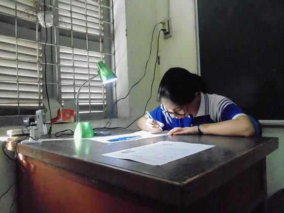 Kỳ thi THPT quốc gia năm 2018: Thí sinh bắt đầu làm bài môn Ngữ văn ảnh 6