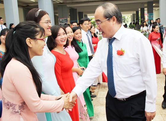 """Xúc động lời nhắn gửi """"Học để làm gì?"""" của Bí thư Thành ủy TPHCM Nguyễn Thiện Nhân  ảnh 2"""