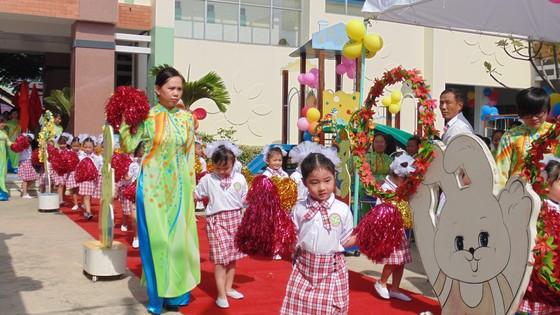 Học sinh tại TPHCM được nghỉ Tết Nguyên đán 2019 trong 16 ngày ảnh 1