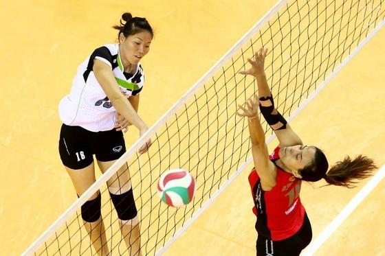 Phụ công Ngọc Hoa (VTV Bình Điền Long An) sẽ đối đầu Wilavan Apinyapong của CLB Est Cola đến từ Thái Lan.