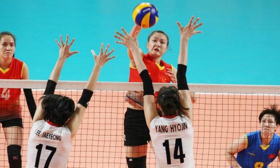 Đội tuyển bóng chuyền nữ hối hả chuẩn bị giải châu Á ảnh 3