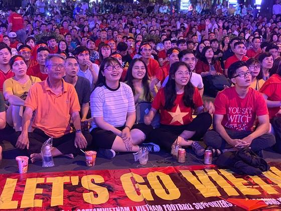 Đội tuyển Việt Nam dừng bước ở Asian Cup 2019: Sự nuối tiếc bao trùm! ảnh 3