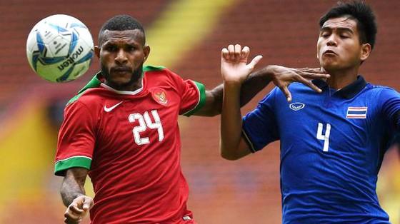 Marinus Wanewar (trái) là chân sút nguy hiểm của U.23 Indonesia.