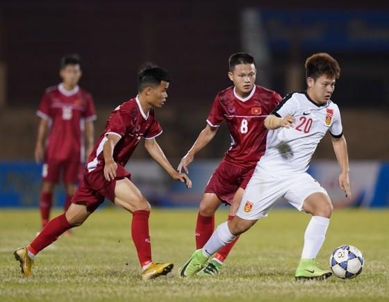 Việt Nam tái ngộ Thái Lan trong trận chung kết sau chiến thắng 1-0 trước Trung Quốc. Ảnh: NHẬT ANH