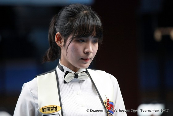 Tay cơ xinh đẹp Sruong Pheavy sẽ tranh tài cùng các đồng nghiệp nam ở giải vô địch châu Á năm nay.