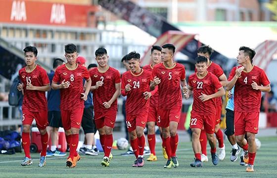 Đội tuyển Việt Nam sang Thái Lan sớm hơn dự kiến ảnh 1