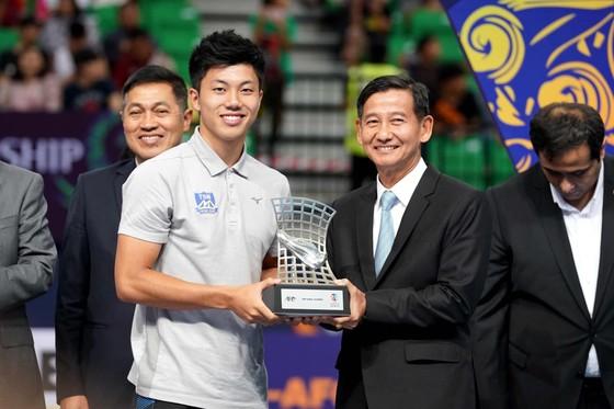 Thái Sơn Nam nhận cú đúp giải thưởng trong lễ bế mạc ảnh 2