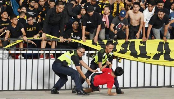Thầy Park thân chinh 'xem giò' đối thủ Indonesia ảnh 1