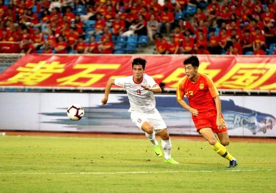 Truyền thông Trung Quốc lo lắng cho đội nhà ảnh 1