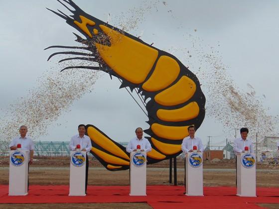 Thủ tướng Nguyễn Xuân Phúc dự hội nghị xúc tiến đầu tư tỉnh Bạc Liêu ảnh 3