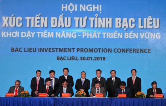Thủ tướng Nguyễn Xuân Phúc dự hội nghị xúc tiến đầu tư tỉnh Bạc Liêu ảnh 2